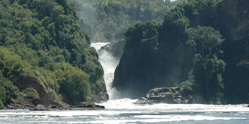 boat ride murchison falls